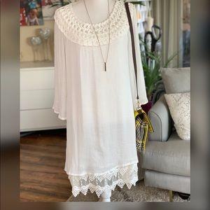 NWOT White dress. M